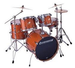 Rue Bricabrac, bdsm, percussions, tambours