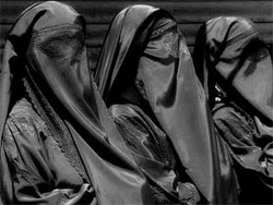 Rue Bricabrac, voile, burqa